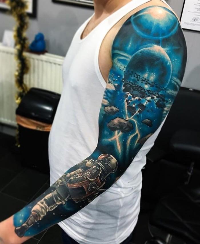 Татуировка - 2053